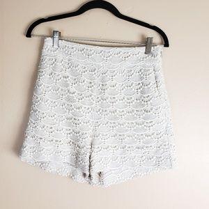 Express Highwaist Lace Shorts Ivory Size 2 F2